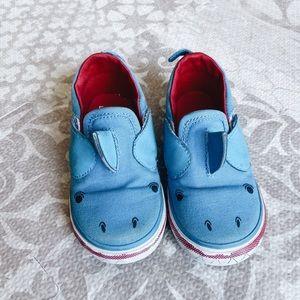 Vans shark slip on shoes